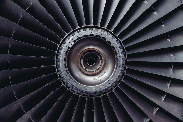 Principio del funcionamiento del motor de una puerta